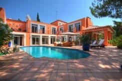Villa for sale in Central Nueva Andalucía, Marbella, Málaga, Spain