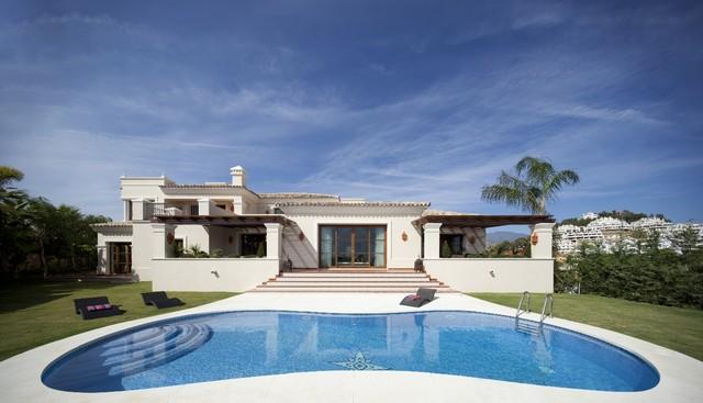 Luxury Villa For Sale In Nueva Andalucia, Marbella