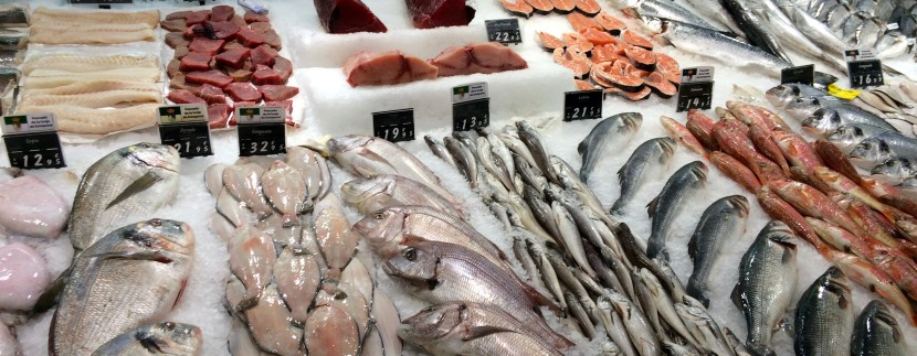Marbella market fresh fish and seafood all year aldiyar for The fish market del mar